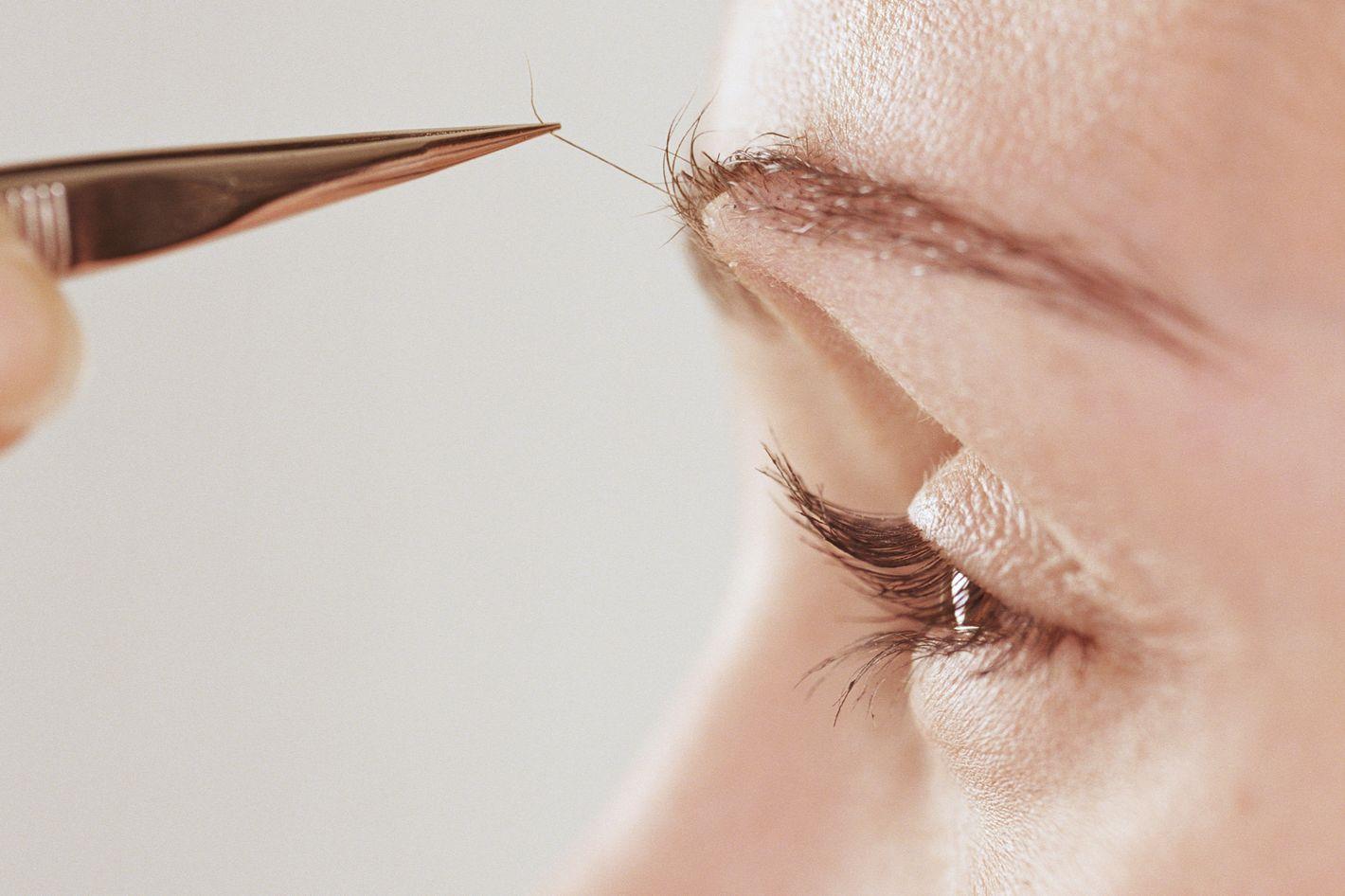 Как правильно выщипывать брови пошаговое фото
