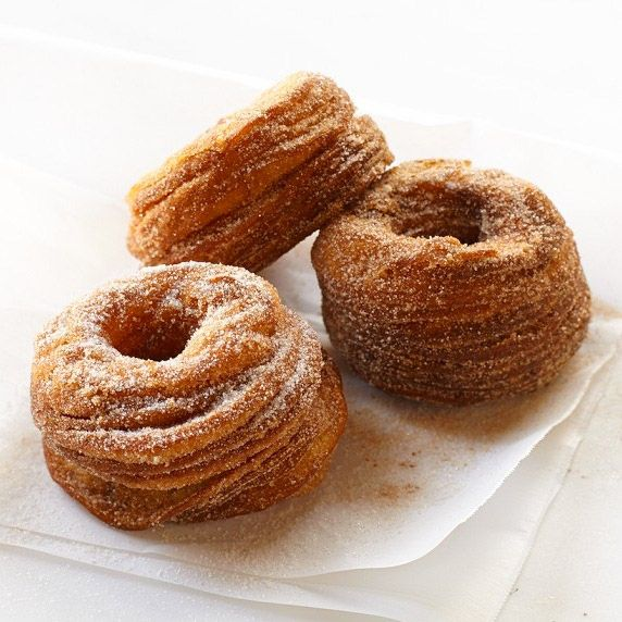 Williams-Sonoma's croissonuts may not have glaze, but they do have layers.
