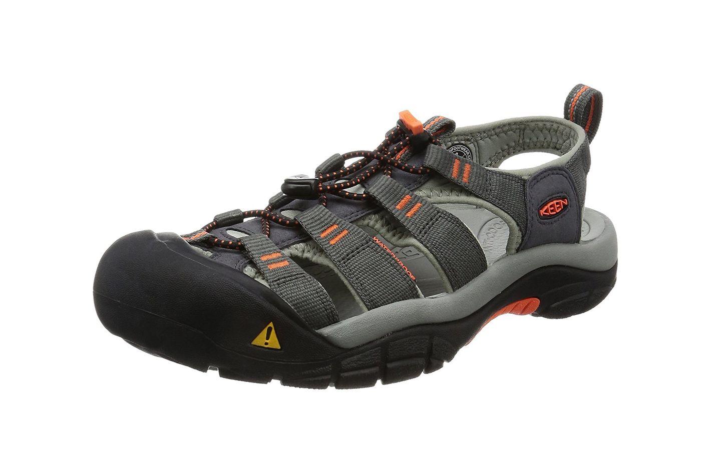 16a5f1a36a18 Best men s hiking sandals. KEEN Men s Newport H2 Sandal