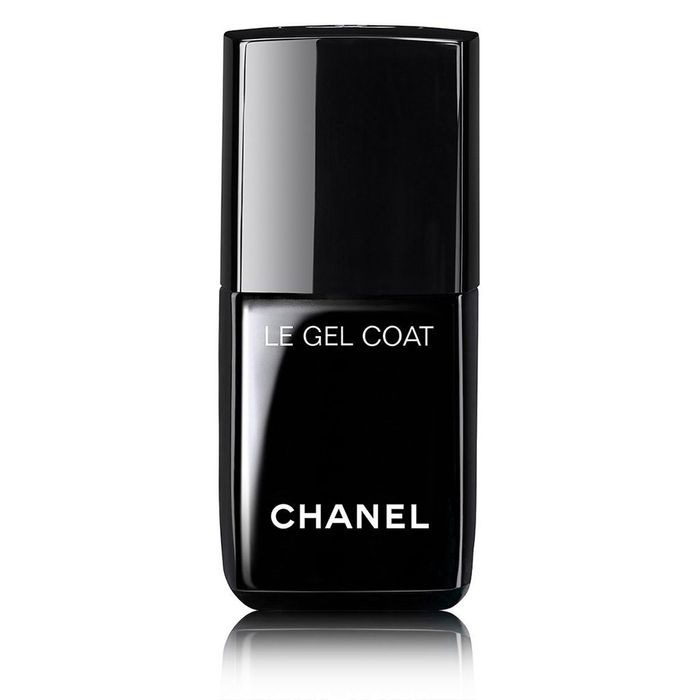 Chanel polishes, new and improved.