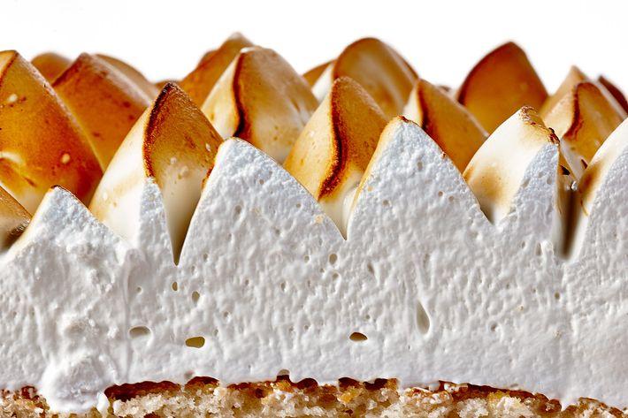 Mah-Ze-Dahr: Lemon meringue cake.