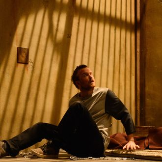 Jesse Pinkman (Aaron Paul) - Breaking Bad _ Season 5, Episode 15 - Photo Credit: Ursula Coyote/AMC