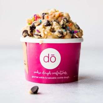 Nyc Raw Cookie Dough Shop Sued For Making People Sick