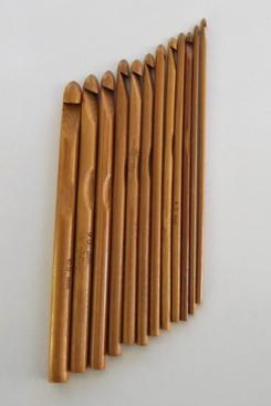 RedPoppyCrafting Bamboo Crochet Hooks (Set of 12)