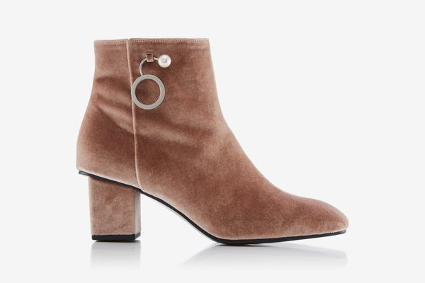 Yuule Yi M'O Exclusive Velvet Ankle Boots