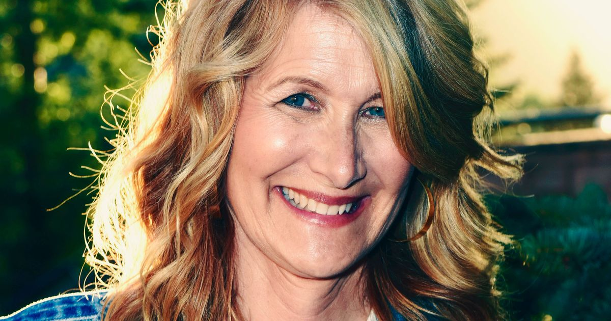 Laura Dern Is Horny for Going to the Car Wash