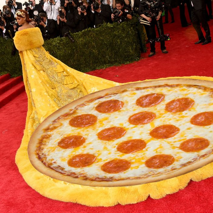Rihanna's Met Gala Dress Made Everyone Think of Pizza and Omelettes