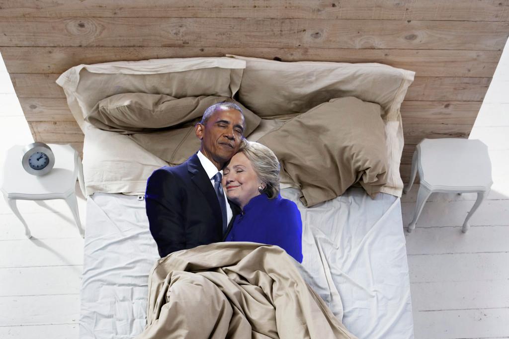 奥巴马与希拉里拥抱图遭恶搞:再不疯狂就没机会了 - 纽约文摘 - 纽约文摘