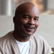 David Alan Grier Jokes That He's the First Black Colonel Sanders