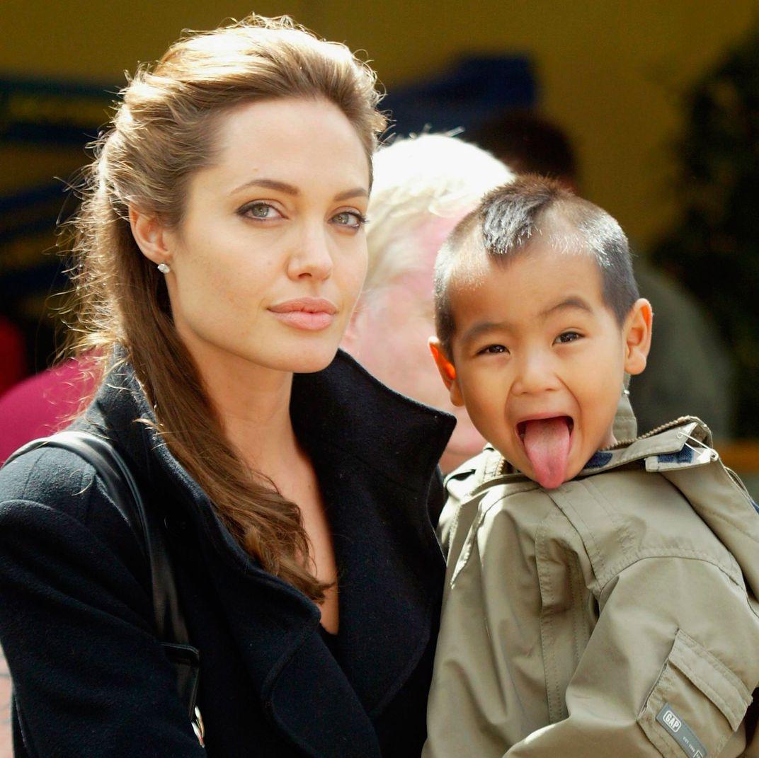 Paparazzi Uma Jolie naked (13 pics), Hot