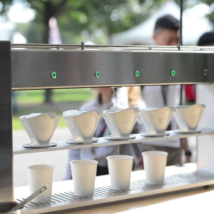 The Poursteady keeps the pour-overs pouring at espresso speed.