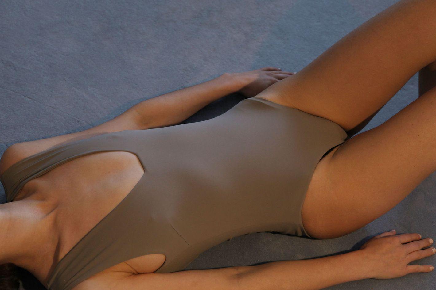 Swimsuit No.14