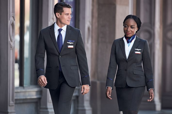 American Airlines flight attendants want new uniforms recalled