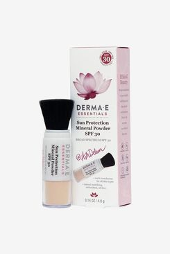 Derma e Sun Protection Mineral Powder SPF by Ash Deleon