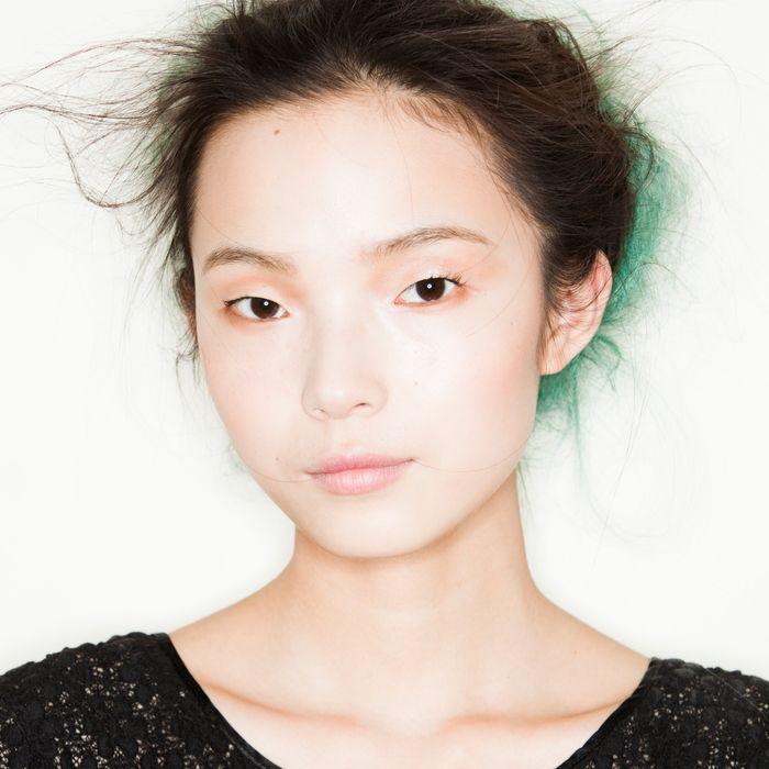 Model Xiao Wen Ju.