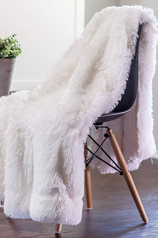 "Chanasya Sherpa Microfiber Throw Blanket (50"" x 65"") — Solid Shaggy Off White"