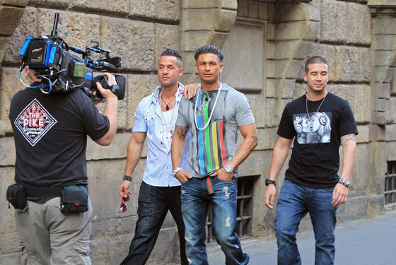 "'Jersey Shore' stars Mike ""The Situation"", Vinny and Pauly D head out for dinner in Florence, Italy. <P> Pictured: Mike ""The Situation"", Pauly D and Vinny <P> <B>Ref: SPL280538  210511  </B><BR/> Picture by: Sinky/Macca Splash News<BR/> </P><P> <B>Splash News and Pictures</B><BR/> Los Angeles:	310-821-2666<BR/> New York:	212-619-2666<BR/> London:	870-934-2666<BR/> photodesk@splashnews.com<BR/> </P>"