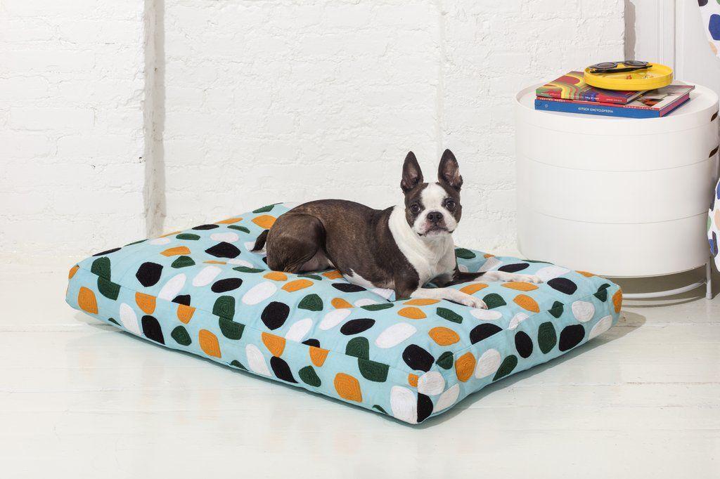 Dusen Dusen Rocks Dog Bed