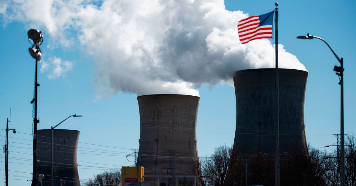 On Climate, Sanders and Warren Must Go Nuclear