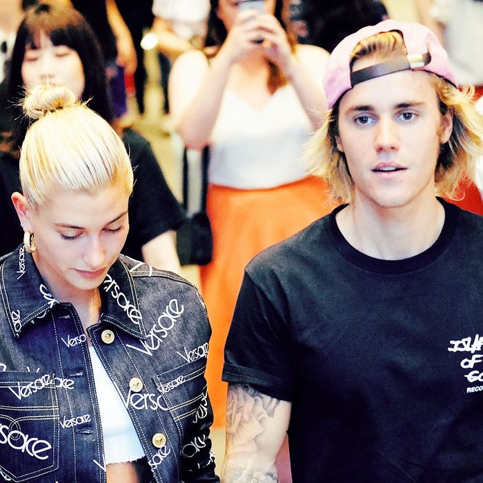 Hailey Baldwin Engagement Ring: Is This Hailey Baldwin's Engagement Ring From Justin Bieber?