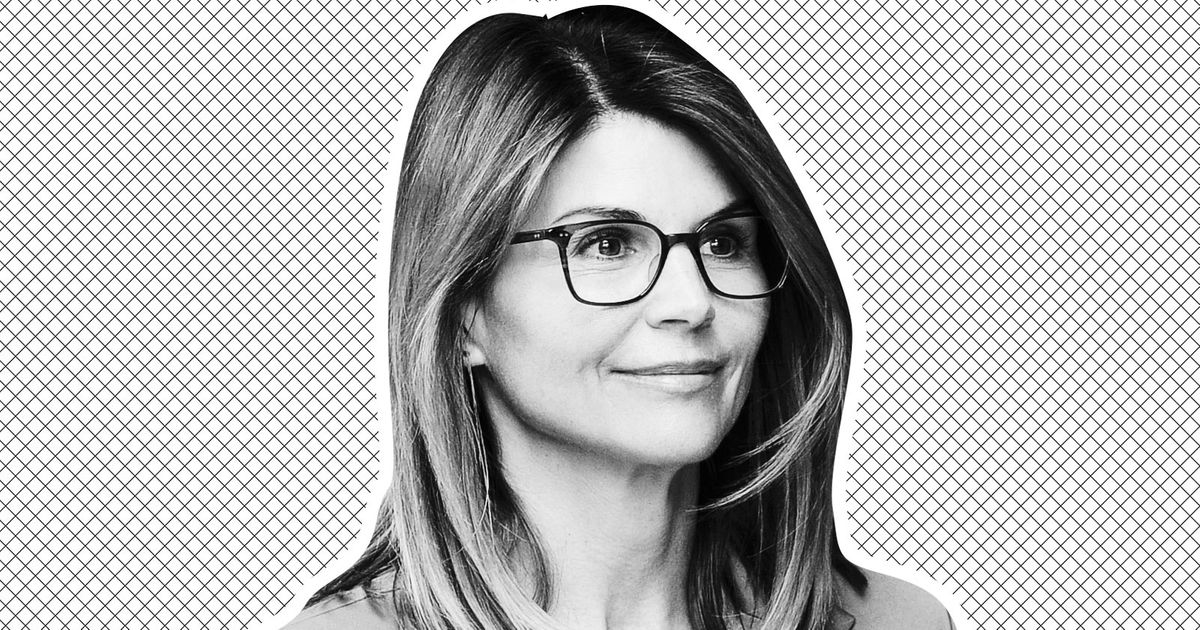 Lori Loughlin Apparently Googling Herself a Lot These Days