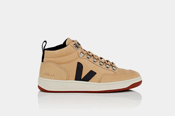 Veja Nubuck Sneakers