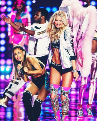 3b2924c68 Victoria s Secret Angels on Ariana Grande Being Hit by Wings