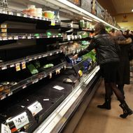Panicked D.C. Residents Clear Out Supermarket's Cheese Aisle