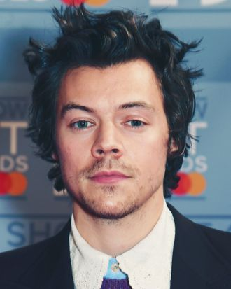 Harry Styles Brings Back His Dunkirk Haircut For New Movie