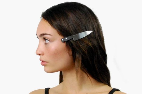 Vinca Chef's-Knife Hair Clip