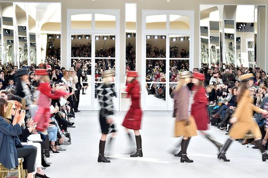 Chanel : Runway - Paris Fashion Week Womenswear Fall/Winter 2016/2017