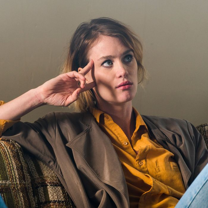 Mackenzie Davis as Cameron Howe - Halt and Catch Fire _ Season 3, Episode 3 - Photo Credit: Tina Rowden/AMC