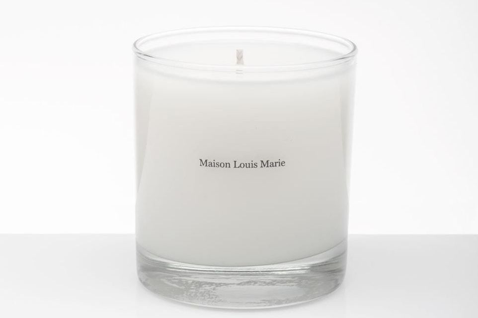 affordable candles that smell like the holidays. Black Bedroom Furniture Sets. Home Design Ideas