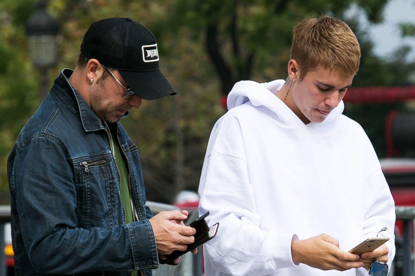 Justinbieber nu fakes seems