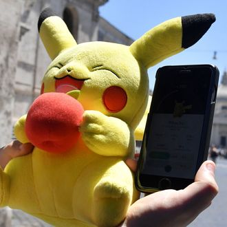 ITALY-TECHNOLOGY-GAME-POKEMON