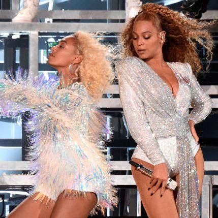 Solange and Beyoncé.