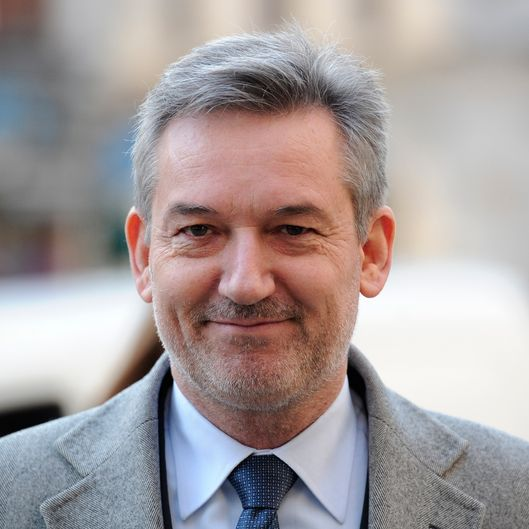 News International chief executive, Tom Mockridge, arrives at the High Court in central London on January 17, 2012, to give evidence at the he Leveson Inquiry. The inquiry is being lead by Lord Justice Leveson and is looking into the culture, practice and ethics of the British press in the wake of the phone-hacking scandal. AFP PHOTO / CARL COURT (Photo credit should read CARL COURT/AFP/Getty Images)