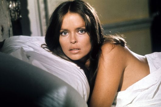 THE SPY WHO LOVED ME, THE SPY WHO LOVED ME BR 1977 BARBARA BACH Date 1977. Photo by: Mary Evans/EON PRODUCTIONS/Ronald Grant/Everett Collection(10373039)