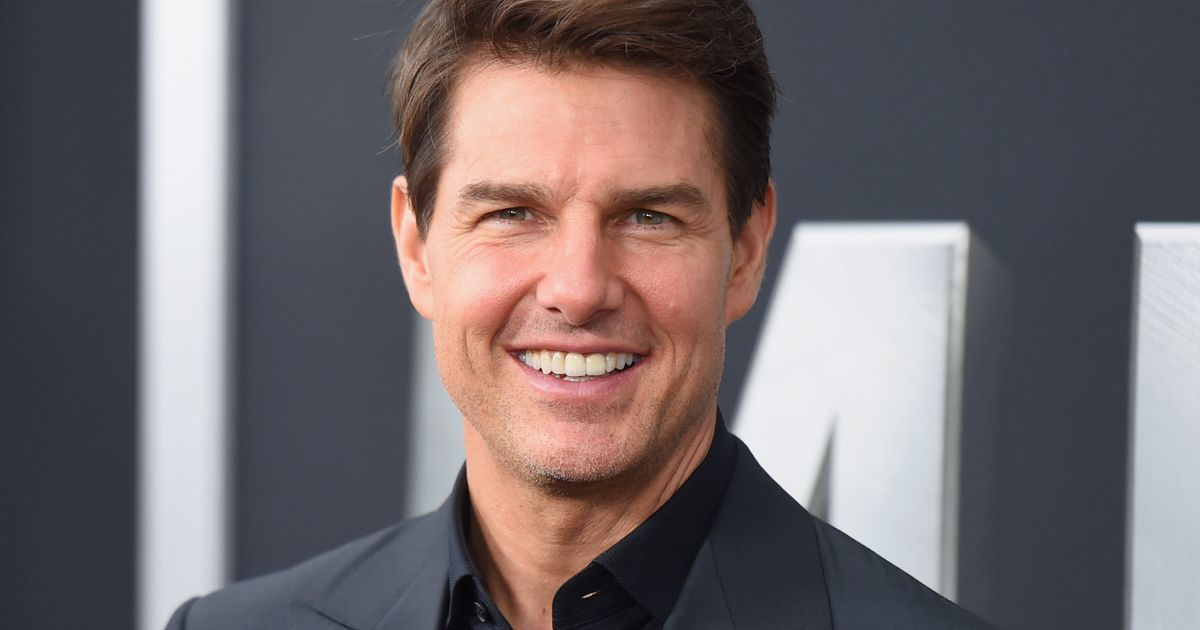 19 Unsettlingly Nice Tom Cruise Stories
