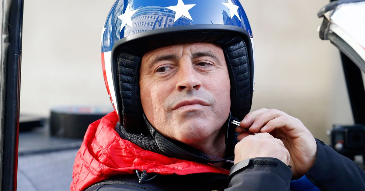 one month in matt leblanc finally lands first top gear controversy. Black Bedroom Furniture Sets. Home Design Ideas