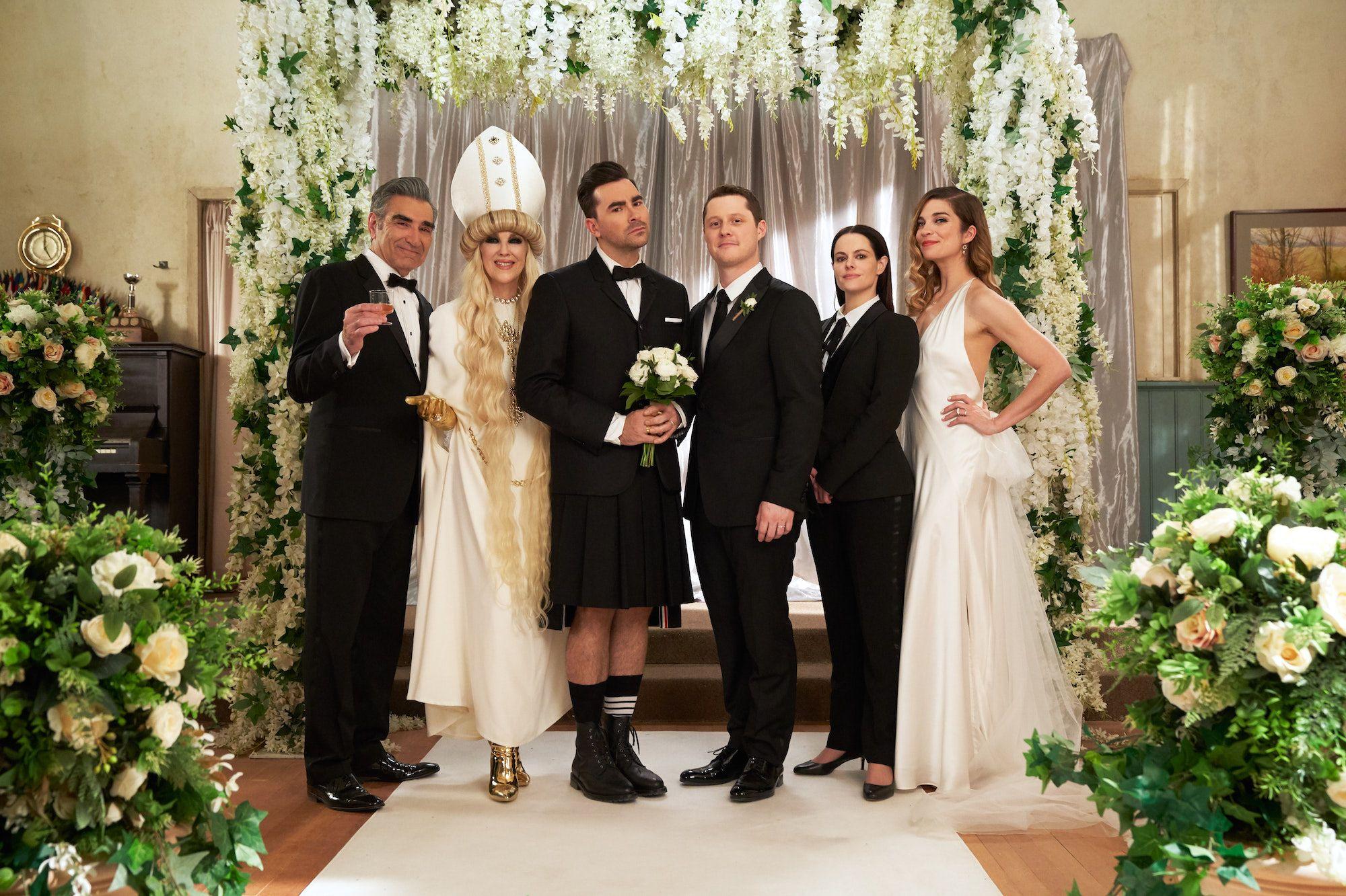 Schitt S Creek Series Finale Recap Season 6 Episode 14