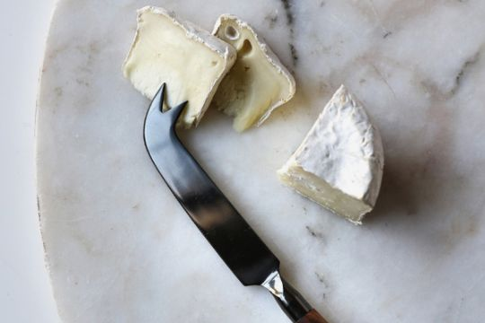 Be Home Onyx Cheese Knife