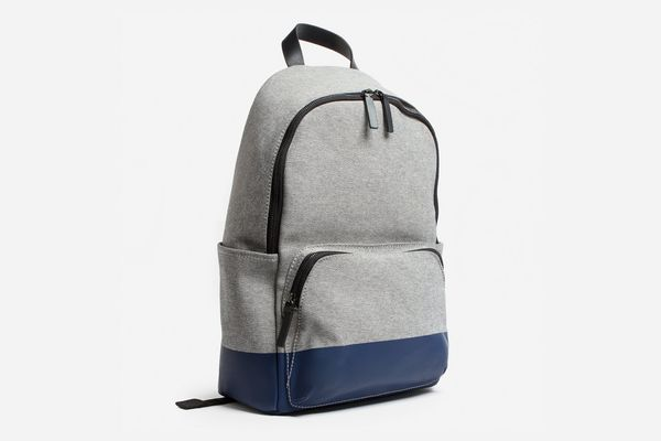 Everlane Modern Zip Backpack in Reverse Denim/Dipped Navy