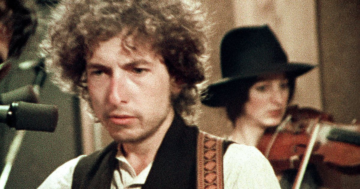 Rolling Thunder Revue: What Is True and What Is Fake?
