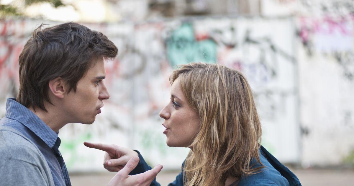 Girlfriend and boyfriend arguing