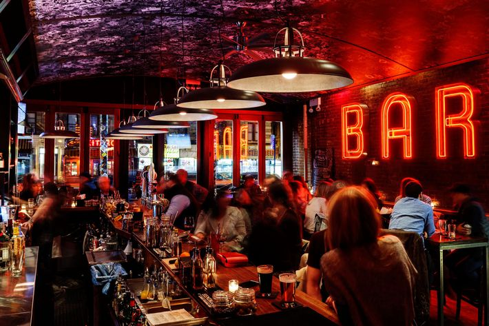 Best Bars in the Upper West Side