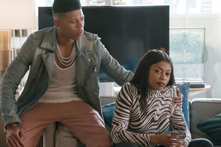 "EMPIRE: Pictured L-R: Bryshere Gray and Taraji P. Henson in the ""The Unkindest Cut"" episode of EMPIRE airing Dec. 7 (9:00-10:00 PM ET/PT) on FOX. ©2016 Fox Broadcasting Co. CR: Chuck Hodes/FOX"