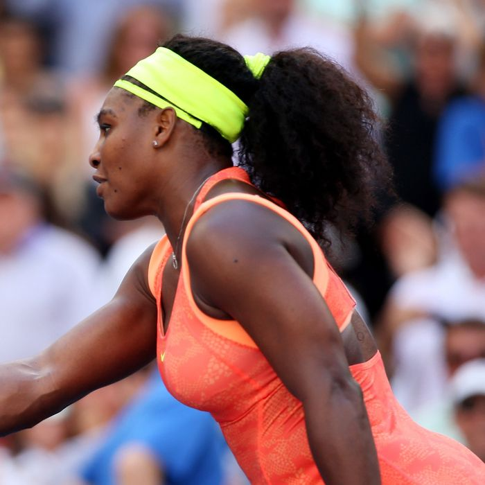 Serena gracefully accepting defeat.