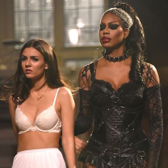 THE ROCKY HORROR PICTURE SHOW: Let's Do The Time Warp Again: L-R: Laverne Cox and Victoria Justice in THE ROCKY HORROR PICTURE SHOW: Let's Do The Time Warp Again, premiering Thursday, Oct. 20 (8:00-10:00 PM ET/PT) on FOX. ©2016 Fox Broadcasting Co. Cr: John Medland/FOX