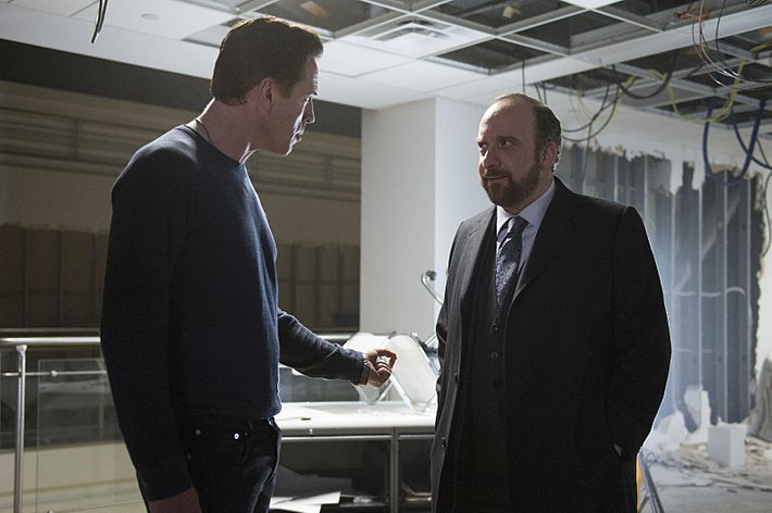 Damian Lewis as Axe, Paul Giamatti as Chuck.